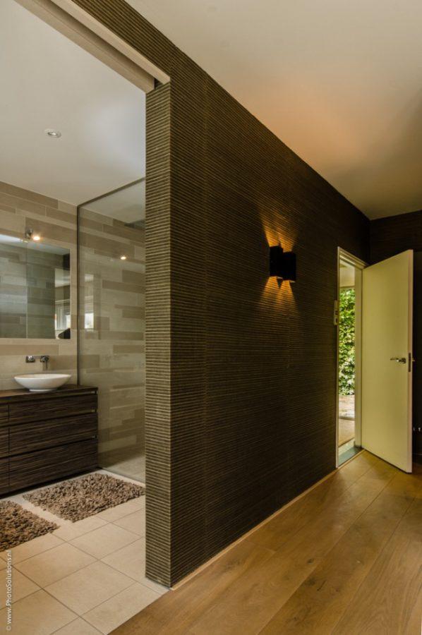 Rode Aanslag Badkamer ~ Hoe cre?er je een luxe douche in een kleine badkamer?
